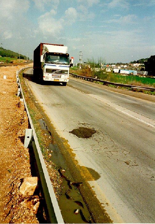 Potholes due to dynamic loading